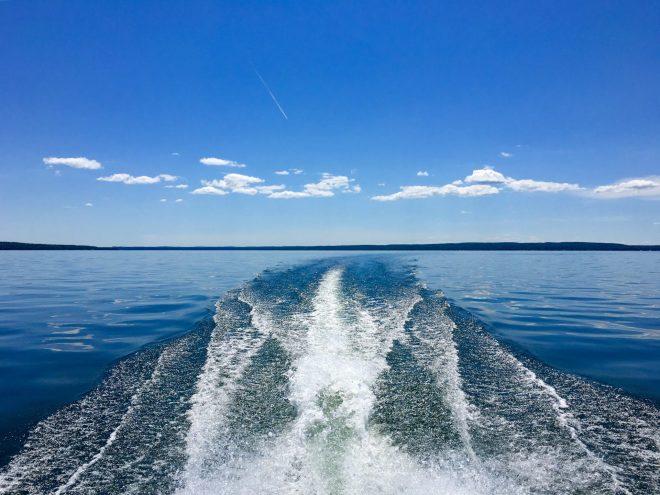 follow the boat 1